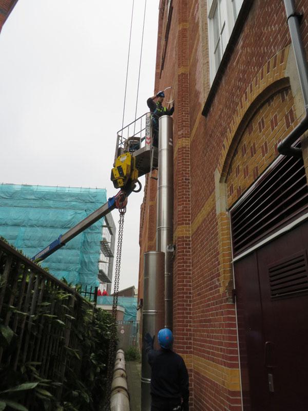 Opbouw nieuwe kanaal aan zijgevel